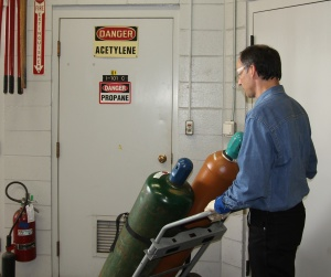 Cylinder-Safetycropped